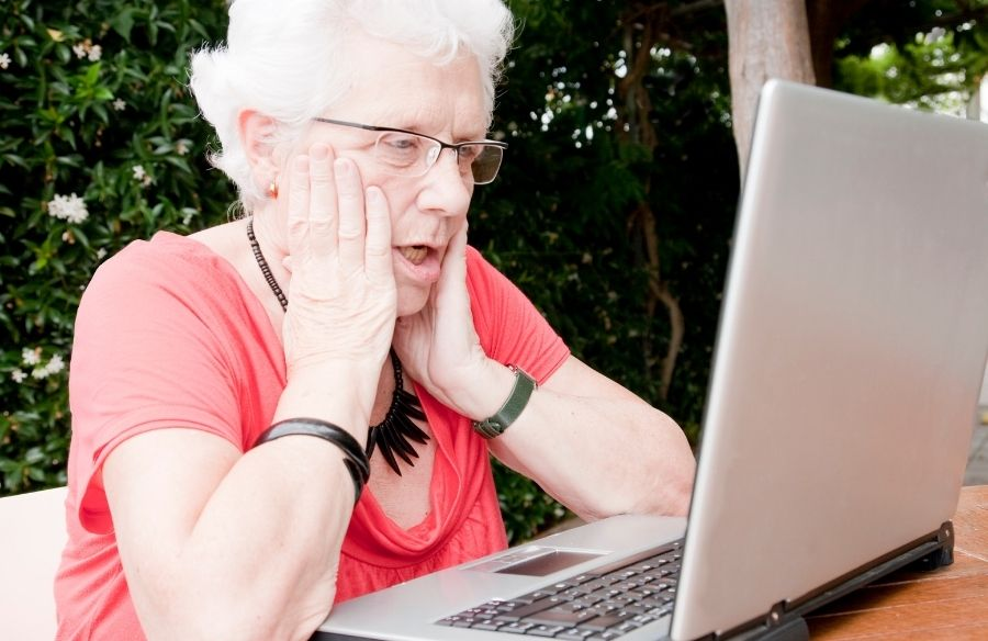 acceso internet personas mayores